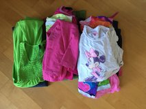 Pending Pick up: Free girls' clothing - about 15 items, size 6 - 7/8 - Read Description in Oswego, Illinois
