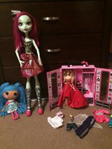 barbie closet and more! in Beaufort, South Carolina
