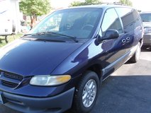 1999 DODGE GRAND CARAVAN in Shorewood, Illinois