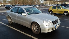 2005 MERCEDES E220 CDI DIESEL AUTOMATIC in Ramstein, Germany