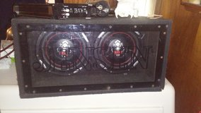 2 10in boss subs box and amp in Beaufort, South Carolina