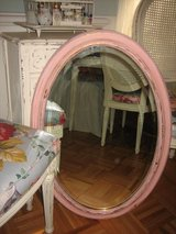 shabby chic oval pink mirror in Bolingbrook, Illinois