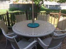 Patio Deck table excellent condition. Cost $1000 new in Naperville, Illinois