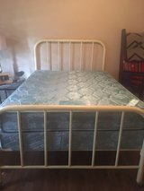 Antique full size bed in Warner Robins, Georgia