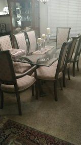 BEAUTIFUL BEVELED GLASS TOP DINING TABLE w/8 UPHOLSTERED CHAIRS in bookoo, US