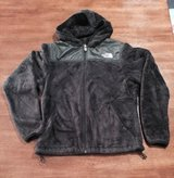 Women's The North Face Northface OSO Black Hooded Jacket sz Small in Fort Campbell, Kentucky