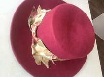 Lady's Dress Hat in Bartlett, Illinois