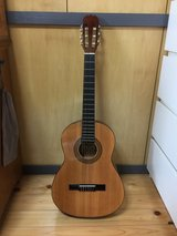 Guitar Hohner Hc03 3/4 size perfect for kids in Okinawa, Japan