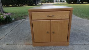 2 DOOR CABINET with DRAWER in Byron, Georgia