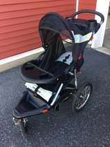 Baby trend jogging stroller in Fort Drum, New York