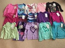 Girls Tops Size 7/8 in Glendale Heights, Illinois