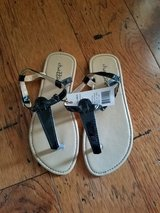 BNWT: Girls Chatties Sandals, Size 2 in Fort Campbell, Kentucky