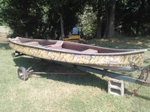 Duck boat/scanoe with trailer in Clarksville, Tennessee