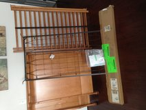 Simmons Baby Crib w/Conversion Kit to Daybed in Oswego, Illinois