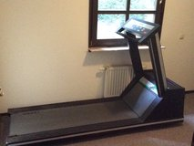 220v treadmill in Ramstein, Germany
