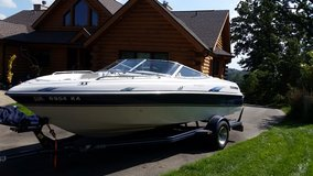 1998 Four Winns Horizon 200 Boat (Low hours = 318) in Naperville, Illinois