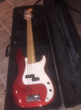 Fender Squire 5 String Bass in Cleveland, Texas