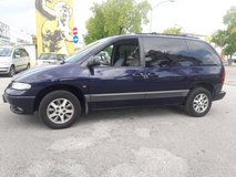 Chrysler Voyager Automatic in Vicenza, Italy