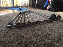 Entire set of almost new Callaway golf clubs with a Taylor Made 3 wood. in Okinawa, Japan