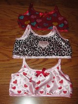 "BUILD A BEAR ""VALENTINE'S TOPS"" SET OF 3 in Camp Lejeune, North Carolina"