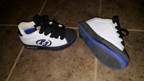 New Heelys size 1 youth in Travis AFB, California