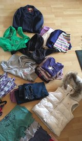 huge girls clothes lot 10-12 in Ramstein, Germany