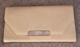 *REDUCED* NEW FRANCO SARTO Large Leather Beige/ Off White Wallet in Okinawa, Japan
