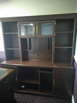 Desk and Hutch Set in Clarksville, Tennessee