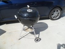 **  Weber BBQ  ** in Yucca Valley, California