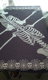 "brand new 60"" sq black & silver lace skeleton ponchos/tablecloths for Halloween in Goldsboro, North Carolina"