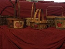 Lot of 6 baskets in Hinesville, Georgia