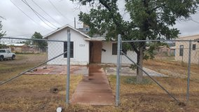 Investor Special Fixer Upper w/ Financing!!! in Alamogordo, New Mexico