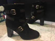 Authentic Fendi ankle boots size 38/7.5 in Okinawa, Japan