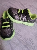 Toddler boys size 6 shoes in Fort Knox, Kentucky