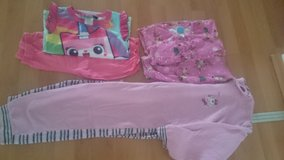 Girl clothes lot/ 6 years in Ramstein, Germany