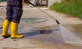 POWER WASHING&COUCH CLEANING SERVICE in Ramstein, Germany
