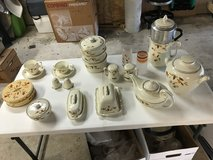 Jewel T dishes - reduced in Kingwood, Texas