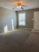 Townhome- 2 bed 1.5 bath!! in Clarksville, Tennessee
