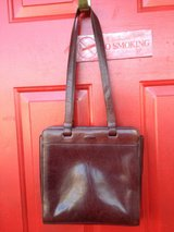 Oroton purse in Fort Campbell, Kentucky