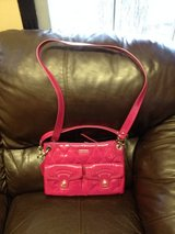 Coach pink purse in Fort Campbell, Kentucky