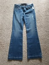 Woman's Gap 4 Jeans - NEW in Camp Lejeune, North Carolina