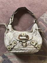 guess purse, new, never used in Ramstein, Germany