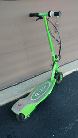 Adult electric razor scooter in Tinley Park, Illinois