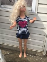 3 foot barbie in Pleasant View, Tennessee