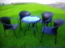 Patio Table and 4 Chairs (Brown Rattan Braid, Glass, Metal) in Grafenwoehr, GE