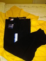 IZOD Men's Corduroy Easy Care Tailgate Pants 40 32 NWT in Hopkinsville, Kentucky