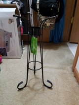 Gazing Ball Stand new in New Lenox, Illinois
