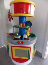 Play Kitchen Excellent Condition, many extras in Wiesbaden, GE