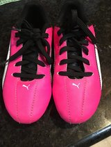 Girls soccer cletes Size 1 in Spring, Texas