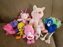 Girls Stuffed Toys Lot in Fort Campbell, Kentucky